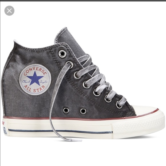 Converse Shoes - Women s Converse Wedge High Top Size 9 c0ca313f41